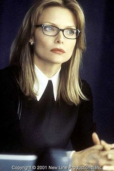 Michelle Pfeiffer in I Am Sam. Her character, Rita Harrison, a high-powered attorney favors Armani suits and dark lipstick and looks as if she has it all. Michelle Pfeiffer, Celebrities With Glasses, Wearing Glasses, Girls With Glasses, Glamour, Famous Women, Famous Faces, Mannequins, Most Beautiful Women