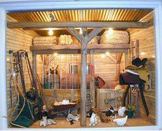 Mini stable (american girl at virtualdollhouse.net) Toy Horse Stable, Horse Stables, Horse Barns, Diy Horse Toys, Horse Crafts, American Girl Doll Horse, Kids Barn, Bryer Horses, Miniatures