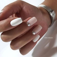 Ideas For Nails French Manicure Designs Ongles Perfect Nails, Gorgeous Nails, Pretty Nails, Cute Acrylic Nails, Gel Nails, Nail Polish, Glitter French Nails, White Glitter, Milky Nails