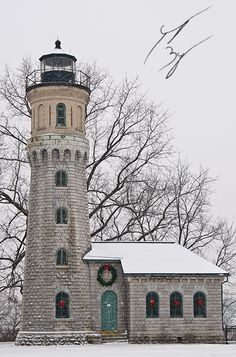 """The lighthouse was established in 1782 atop the """"French Castle"""", a structure still located within Old Fort Niagara. The current tower was first lit in 1872, having been removed from the French Castle to allow for more room for officer's quarters. The light was deactivated in 1996, having been replaced by a light beacon at the US Coast Guard Station Niagara."""