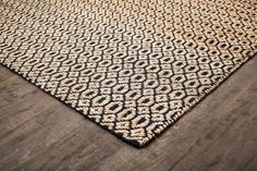 Jute's natural texture and wool's softness combine to make this elegant Goldfinger Rug. Durable construction and moisture-resistant - perfect for high-traffic areas. Cream Living Rooms, Rugs In Living Room, Natural Fiber Rugs, Natural Texture, Jute Rug, Woven Rug, Farmhouse Area Rugs, Indian Rugs, Black Rug