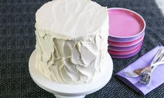 Maybe you love how easy it is to make American buttercream, but aren't crushing on its taste and texture. Or maybe you're wild about the taste and texture of Swiss meringue buttercream but think, why does it have to be such a hassle to prepare? French Buttercream, White Chocolate Buttercream, Swiss Meringue Buttercream, Buttercream Frosting, Cake Icing, Stabilized Whipped Cream, Whipped Cream Frosting, Poured Fondant, Ermine Frosting