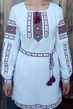 """Вишиванка, сукня """"Гуцулка"""" (Арт. 01635) Embroidery Suits Design, Latest African Fashion Dresses, Embroidered Blouse, Muslim Fashion, Nice Tops, Blouse Designs, Casual Wear, How To Wear, Outfits"""