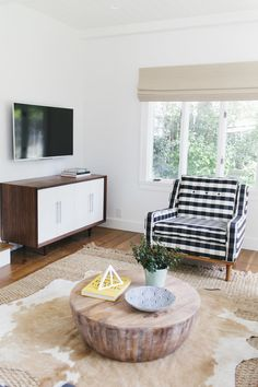 Our tips on incorporating TVs seamlessly into a space.