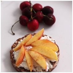 Pimp Your Rice Cake: 15 Creative Rice Cake Toppings. Chocolate Rice Cake, Ricotta Cheese, Peaches with Cinnamon and Cherries