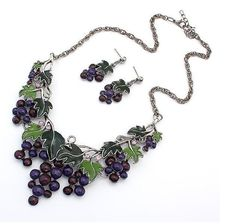 Newest High quality fashion grape necklace beauty stud earrings jewelry set short lock chain party necklaces green enamel women