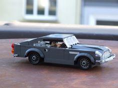 Aston Martin DB5, in Lego. (more: https://www.flickr.com/photos/er0l/14864454041/in/photostream/ )