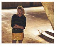 Lara-Stone-Russh-Magazine-October-2015-Cover-Editorial03