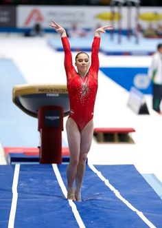 Mckayla Maroney, Subdivision 4, Qualifications, World Championships 2013. She is so going to get the gold on vault again!