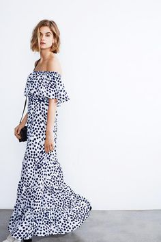 10 Ways To Wear Polka Dots    Off the Shoulder Maxi Dress for Summer