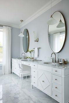 This serene bathroom is the #ensuite of our dreams