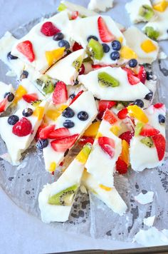 Healthy Frozen Fruit Bark Recipe! Looking for a fun and delicious frozen yogurt fruit bark recipe? You're going to love our Mini Chef Mondays Frozen Fruit Yogurt Bark! It's filled with fruit throughout the frozen yogurt. Easy to pick up and nosh.