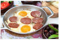 Sucuklu yumurta, Noni' s House Ovacik, Cesme de kahvaltı