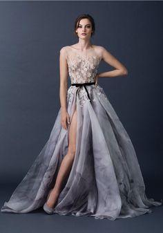 2015 AW Couture | Paolo Sebastian #Vestidos #Festa #Party #Celebração #Celebrate #Dress #Longo #Moda #estilo #tendência #inspiração #glamour #atitude #influência #brilho #beleza #elegância #Style #Stylish #trend #inspiration #glamourous #stunning #fashion #fashionable #wishlist #musthave #Charming #Pretty #Beautiful #Lovely #Vaidade #beleza #Luxury #Vanity #Vanité
