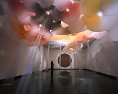 """Lee Boroson, """"Lucky Storm 2"""", 2004-2005. Nylon, blower, stainless steel, monofilament, hardware, gold, air."""