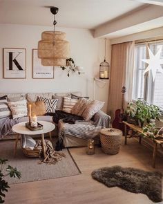 Some interesting scandinavian living room decor ideas which I can apply to my living room decor scandinavian. CHECK THIS 25 Scandinavian Living Room Ideas You'll Love and Amazing Tips from PROs for more detail. Boho Living Room, Cozy Living Rooms, Living Room Interior, Home Interior Design, Bohemian Living, Scandinavian Living Rooms, Living Room Ideas With Sectionals, Bench In Living Room, Living Room With Plants