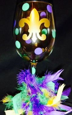 Mardi Gras wine glass