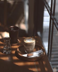 Great ways to make authentic Italian coffee and understand the Italian culture of espresso cappuccino and more! Coffee Is Life, I Love Coffee, Coffee Break, My Coffee, Morning Coffee, Coffee Mugs, Ninja Coffee, Coffee Creamer, Starbucks Coffee