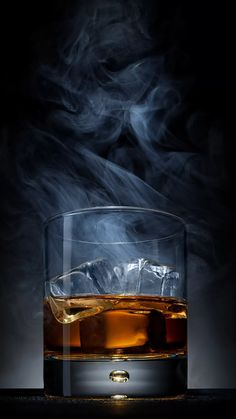 Whisky - New Sites Cigars And Whiskey, Whiskey Drinks, Scotch Whiskey, Wine Drinks, Alcoholic Drinks, Cowboy Food, Paint And Drink, Wine Logo, Wine Design