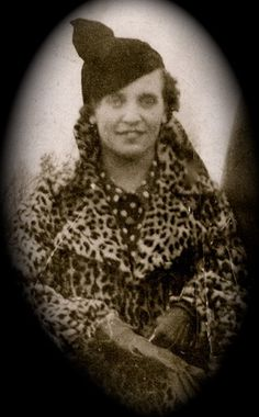 Alice Victoria Wills Birtch   Jan.18 1917-Dec. 23 2012