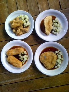Pempek 114 by Chef ToRi -paket komplit 57.000+cuko isi 14 biji -paket cilantro keju 59.500+cuko isi 17 biji -ready for catering,cafe,canteen etc,grosir,rapat dll.