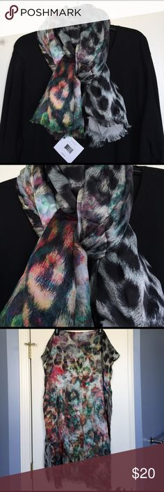 Beautiful silk lined scarf Beautiful silk lined scarf. Echo Accessories Scarves & Wraps
