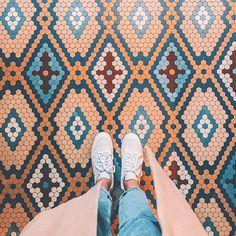 Dreamy floor matching outfit 🦋 by Tile Art, Mosaic Tiles, Mosaic Floors, Floor Design, Tile Design, Bathroom Floor Tiles, Tile Floor, Textures Patterns, Tile Patterns