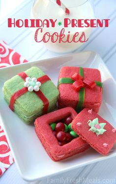 Get creative & make some Crafty Holiday Cookies for Kids 3D Present Cookies. These 3D Sugar Cookie Presents are adorable & a blast to make