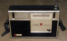 Vintage Toshiba 8-Transistor Radio, Model 8L-420R, Two-Band (AM-SW), Made In Japan, Circa 1965.