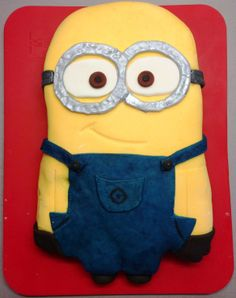Despicable Me 2 Cake Publix | minion two eyed birthday cake from despicable me silver goggles blue ...