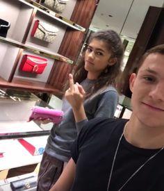 lol tom and zendaya