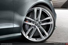 Audi RS 6 Avant alloy wheel