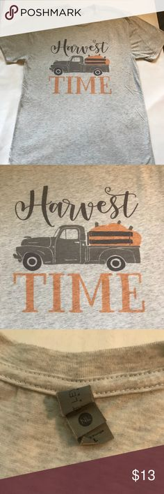 WOMEN 's T-SHIRT Super soft, super cute, super comfy FALL HARVEST Tee!  EUC!  Only worn once!  Size Large. Tops Tees - Short Sleeve