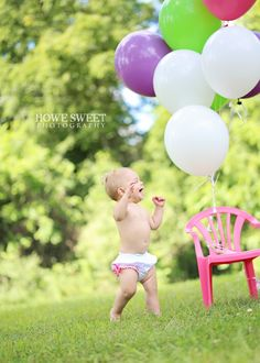 1st Birthday Girl! Howe Sweet Photography love the photo..personally not a fan of the bottoms.