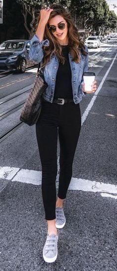 Pour ce post 40 Comfy Winter Fashion Outfits for Women in This Year vous naviguez. 40 Comfy Winter Fashion Outfits for Women in This Year … Cute Spring Outfits, Winter Fashion Outfits, Look Fashion, Trendy Fashion, Womens Fashion, Fashion Black, Cold Spring Outfit, Fashion Fall, Fashion Belts