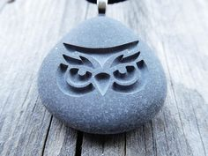 Valentine Gifts Personalized Owl Pebble Engraved stones Owl #owl #gift #engraved