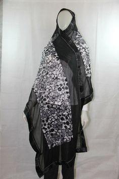 long hijab - black and white