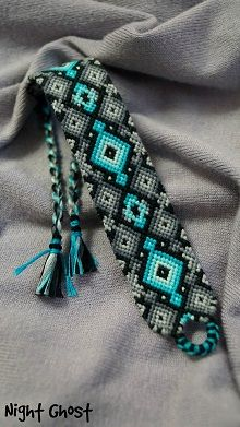Photo of by Night_Ghost - friendship-bracel. - Photo of by Night_Ghost – friendship-bracel… - Embroidery Floss Bracelets, Thread Bracelets, Macrame Bracelets, Ankle Bracelets, Beaded Necklaces, Pandora Bracelets, Bracelet Fil, Bracelet Crafts, Bracelet Making