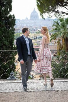 Engaged in Rome PhotoShoot. A Beautiful and Romantic Couple Photography session in Italy by the Andrea Matone Photographer Studio Couple Portraits, Couple Posing, Couple Photos, Proposal Photography, Couple Photography, Creative Shot, Photographic Studio, Portrait Shots, Romantic Couples