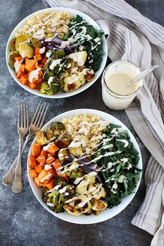 Roasted Vegetable Quinoa Bowls with Lemon Tahini Dressing-an easy meal prep idea for lunch or dinner. Prepare these healthy bowls and eat during the week with no fuss! #glutenfree #vegan #mealprep #mealplanning #quinoa #vegetarian