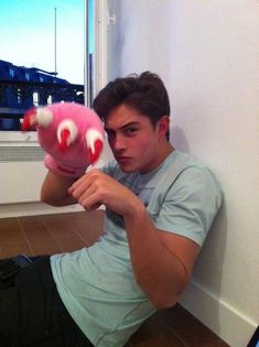 Francisco Lachowski  THIS IS SOOO CUTE!!!❤️
