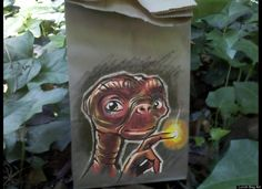 the inside of this E.T lunch bag is probably edible