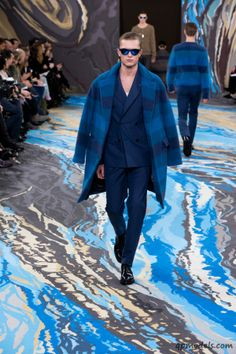 Louis Vuitton Homme Fall/Winter 2014-2015 Collection - http://qpmodels.com/interesting/5522-louis-vuitton-homme-fall-winter-2014-2015-collection.html