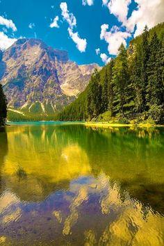 Lake Braies Dolomiti More information Tourism Navarra Spain: ☛   ➦ Más Información del Turismo de Navarra España: ☛  #NaturalezaViva  #TurismoRural ➦   ➦ www.nacederourede...  ☛  ➦ mundoturismorural...  ☛  ➦ www.casaruralnava... ☛  ➦ navarraturismoyna... ☛  ➦ www.parquenatural... ☛   ➦ nacedero-rio-ured...