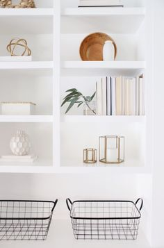 Modern farmhouse shelf styling. How to style your shelves / Design by Katie Staples @halfway_wholeistic