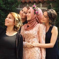 I found my man but I still need my girls  #gülcihanmusa #dreamgirl #bridesmaid #girls #besties #bf #bestfriend #me #memories #engagement #friends #friendship #goodtimes by ckrgulc