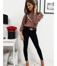 Dámska košeľa Continella hnedá Capri Pants, Fashion, Moda, Capri Trousers, Fashion Styles, Fashion Illustrations