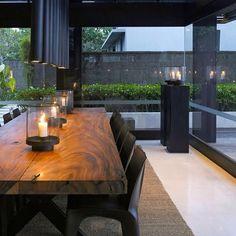 Alila Villas Soori, Bali. Projeto do escritório Scda Architects. #interiores #arquiteturaein0teriores #arte #artes #arts #art #artlover #design #interiordesign #architecturelover #instagood #instacool #instadaily #furnituredesign #design #projetocompartilhar #davidguerra #arquiteturadavidguerra #shareproject #dinigroom #diningroomdesign #scdaarchitects #bali #balidesign