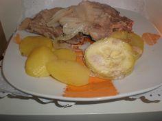 Chuletas de lomo al vino blanco Ingredientes (para 4 comensales) 8 Chuletas de lomo de cerdo frescas 1 Cebolla grande...