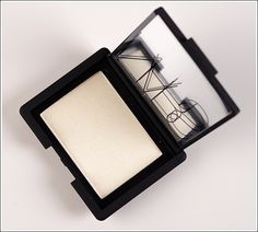 NARS Albatross Highlighting Blush Review, Photos, Swatches